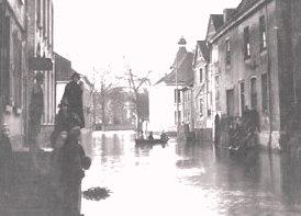 Hochwasser_Delle_1925_Turmspitze_Nedelmann