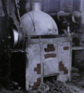 Erster Kaffee-Röstofen von Wilhelm Schmitz-Scholl in der Ruhrstr. 6 gegenüber dem Wohnhaus des Tengelmann-Urvaters