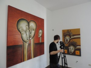 Fernsehaufnahmen_der_Fruehlingsausstellung_von_Werken_des_Visual_Artist_J.H.Block_in_der_Galerie_an_der_Ruhr_Belle-Etage_Foto_by_Ivo_Franz