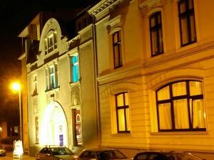 Ruhrstr. 3 und 5 bildeten zusammen den Stammsitz der Tengelmann-Gründerfamilie Schmitz-Scholl (Quelle: GUM, Gründer- und Unternehmermuseum Mülheim, Prof. Wessels)