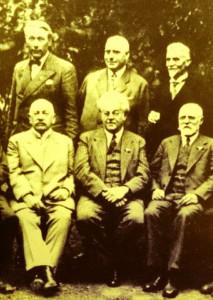 Sitzend v.l. Dr.PaulLembke, CarlNedelmann, AugustKirchberg - stehend v.l. Dr.Arthur Schuerenberg, PeterMayer, Georg v.d.Dunk, Bürgergesellschaft Mausefalle MH