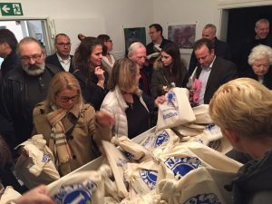 Tradition in der Kunststadt Mülheim: Künstler spenden für den guten Zweck